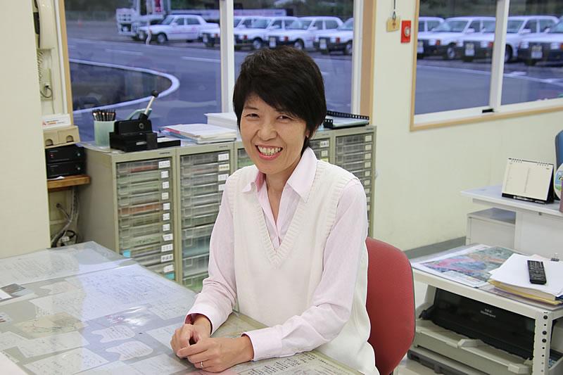 受付・事務(教習指導員) 吉松 美奈
